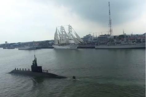 Sea Acceptance Test Kapal Selam KRI Alugoro-405 1