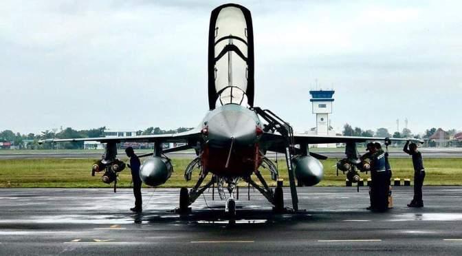 Empat Pesawat Tempur F-16 TNI AU Diberangkatkan ke Perairan Natuna