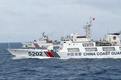 Kapal Coast Guard China membayangi KRI Usman Harun-359 saat melaksanakan patroli di ZEE Indonesia Utara Pulau Natuna 2