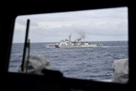 Kapal Coast Guard China membayangi KRI Usman Harun-359 saat melaksanakan patroli di ZEE Indonesia Utara Pulau Natuna 3