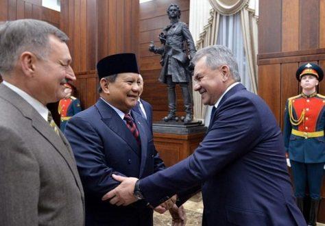 Menteri Pertahanan RI Prabowo Subianto saat menggelar pertemuan dengan Menteri Pertahanan Rusia Sergei Shoigu di Moskov, Selasa (28012020). (Istimewa)