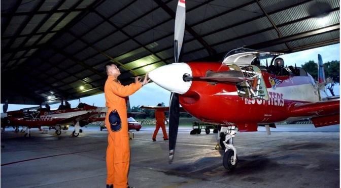 Siswa Sekbang Angkatan 97 Laksanakan Latihan Terbang Malam