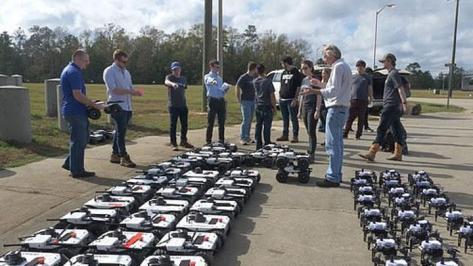 Uji program koordinasi segerombolan drone, dengan nama kode Ofensive Swarm-Enabled Tactics (OFFSET). DARPATV