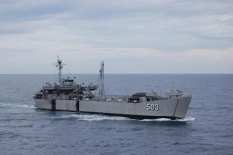 LST KRI Teluk Amboina - 503 (Kolinlamil)