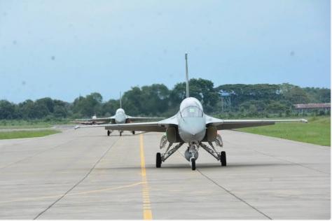 pesawat tempur T-50i dari Skadron Udara 15