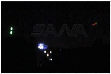Sistem pertahanan udara Suriah menembak jatuh beberapa rudal yang diklaim ditembakkan oleh jet tempur Israel, Selasa (31032020) malam. (SANA)